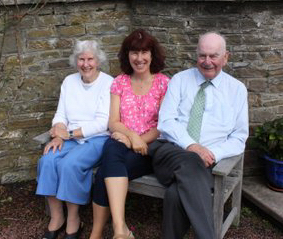 Swanson Fiona med mor och far
