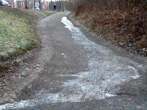 Östra gångvägen källans flöde kr