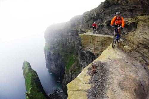 Cyclist-Cliffs-of-Moher