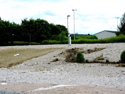 Rivningstomten gräsmatta och stadsplantering kr