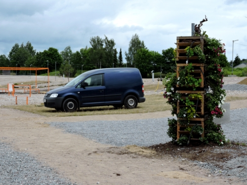 Rivningstomten parkeringsplats kr