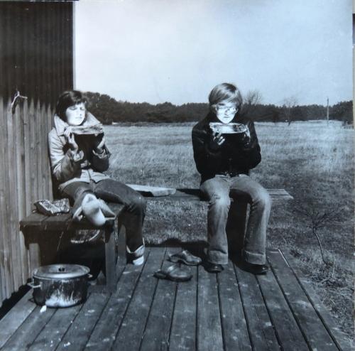 Karin och Ann-Marie solar kr